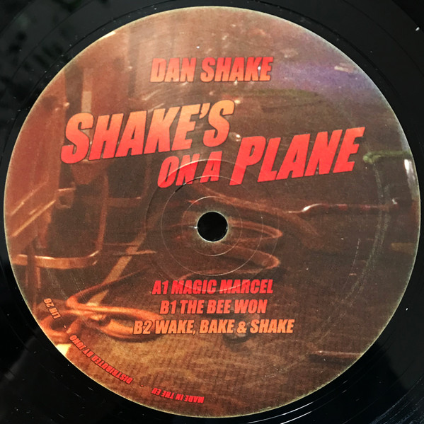 SHAKE'S ON A PLANE -pre-order-