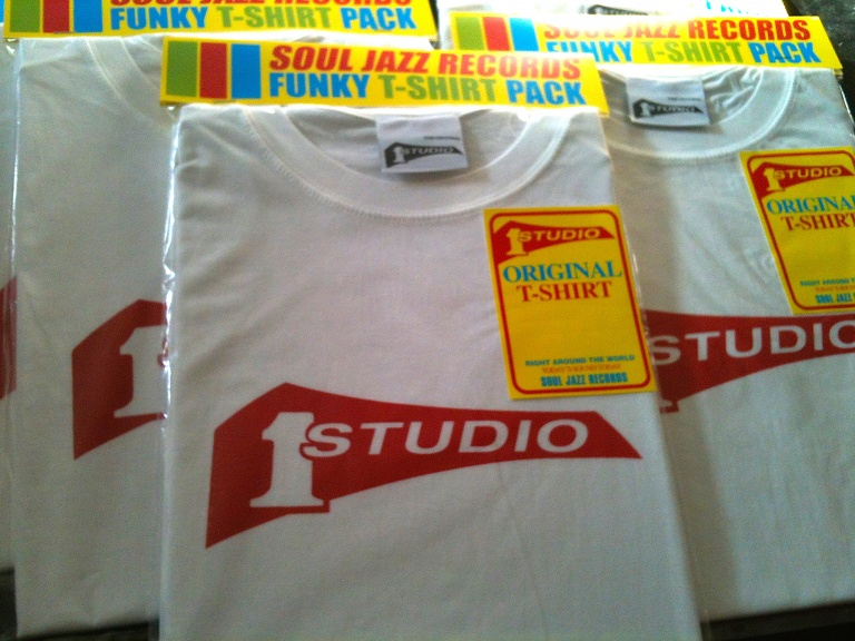 STUDIO 1 T-SHIRTS (WHITE : M size)